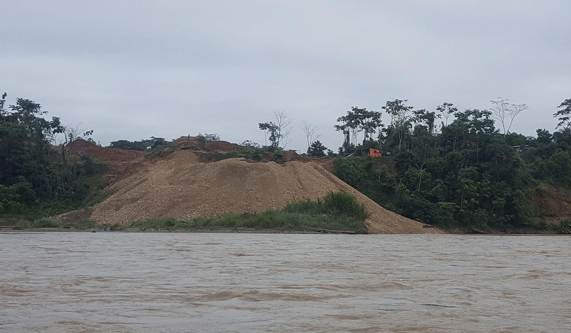 Los cooperativistas devoran el oro amazónico